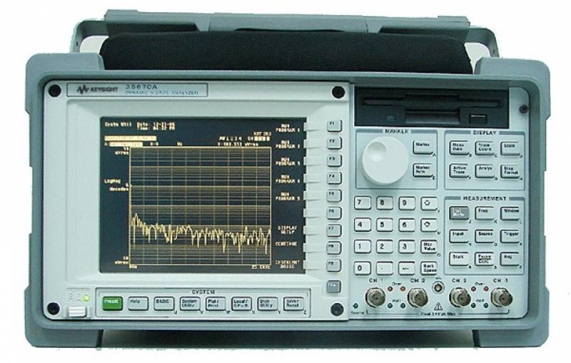 35670A FFT Dinamik Sinyal Analizörü, D-102.4 kHz